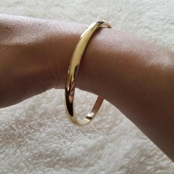 Vintage Monet Costume Jewelry Bracelet Gold Tone